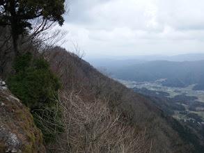 東峰を望む