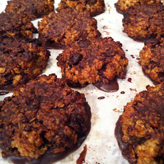 Peanut Butter and Oat Cookies