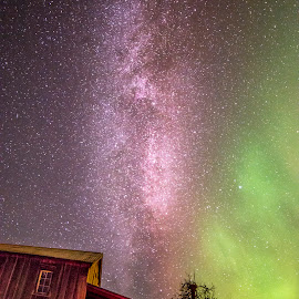 Skymix by Stian Krane - Landscapes Starscapes ( old buildings, sky, stars, aurora borealis, night, milky way,  )