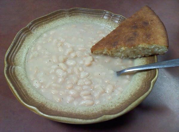 Lisa's Ham & Northern Beans Soup Recipe