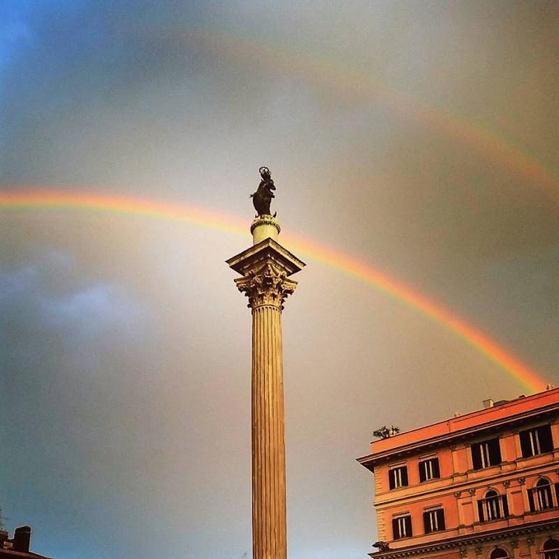 All'improvviso nel cielo di Roma di HendryPH