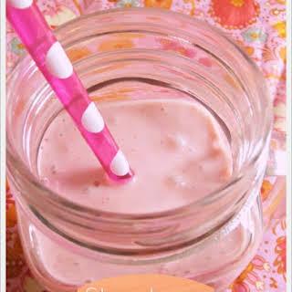 Strawberry Cheesecake Smoothies.