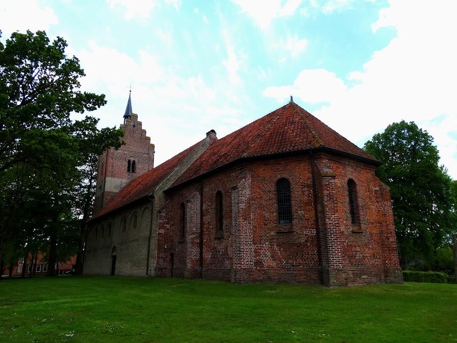 Old Dutch church by Gert de Vos - Buildings & Architecture Public & Historical