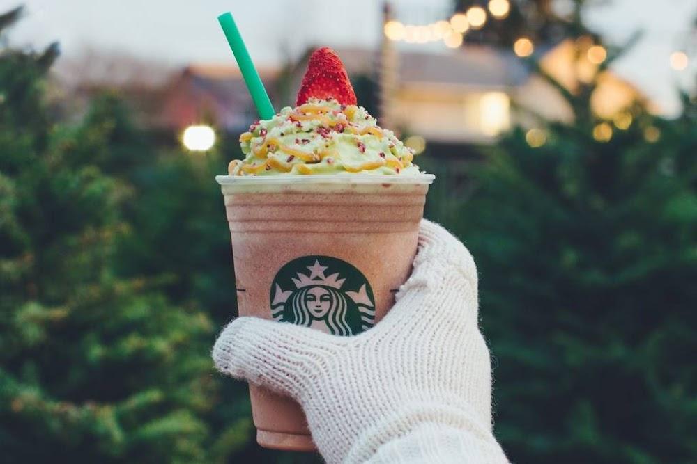 celebrate-christmas-starbucks-new-flavours-image