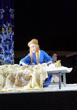 Photo: Wiener Staatsoper: TURANDOT. Inszenierung: Marco Arturo Marelli. Premiere 28.4.2016. Lisa Lindström, Anita Hartig. Copyright: Wiener Staatsoper/ Michael Pöhn