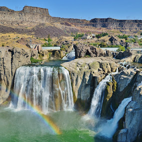 Shoshone Falls by Thomas Barr - Landscapes Mountains & Hills (  )