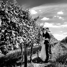 Wedding photographer Mirek Bednařík (mirekbednarik). Photo of 14.09.2017