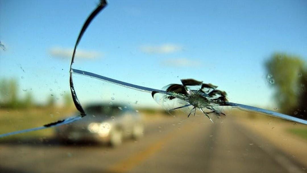 Rock Chip Repair >> Bullzeye Windshield Repair L L C Auto Glass Shop In Commerce City