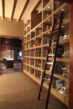 Photo: Sala de Referencia y Video
