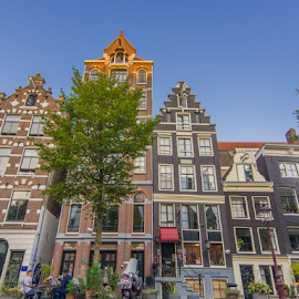 Beautiful Dutch Architecture by Akhil Munjal - Buildings & Architecture Homes ( dutch, canals, old houses, classic, exteriors, holland, vintage, amsterdam, netherlands, classical, canal, architecture )