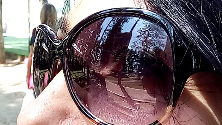 A me gli occhiali  di emanuela_pelusi
