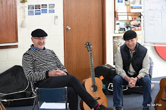 Photo: Cap in Hand Workshop Árranging Duo Songs Using Mandolin & Guitar