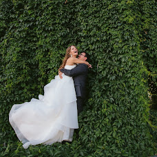 Wedding photographer Oksana Kuchmenko (milooka). Photo of 22.02.2017