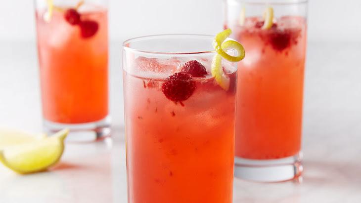 Fresh Raspberry Vodka Lemonade Recipe