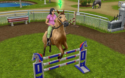 The Sims FreePlay screenshot 8
