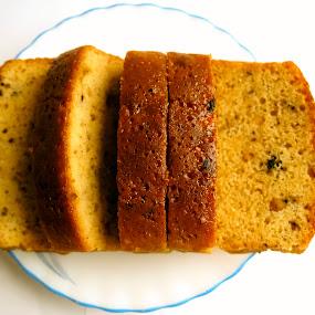 Fresh cakes by Debopam Banerjee - Food & Drink Plated Food ( cake, cakes, fresh, plate, brown )