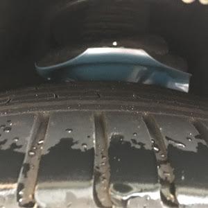 エルグランド E51 のショックアブソーバーのカスタム事例画像 オヤジさんの2018年09月27日12:40の投稿