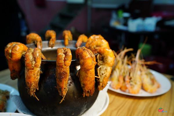 蝦蝦叫!東城活蝦料理,泰國蝦太肥活跳現撈,中和最便宜泰國蝦餐廳