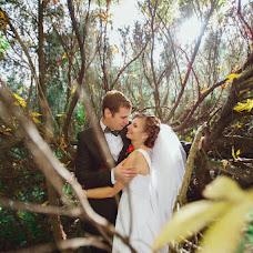 Wedding photographer Tatyana Kovaleva (TatyanaK). Photo of 05.10.2014