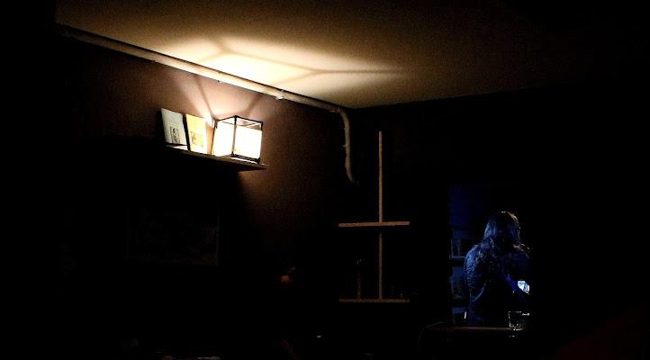 la luce fuori dalla stanza di ottavioart