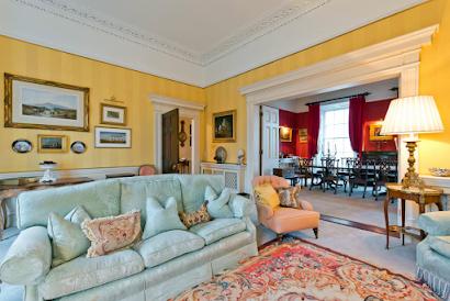 Elegant Serviced Apartment, Ballsbridge