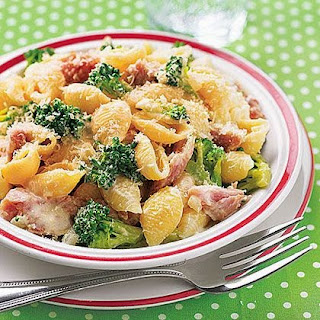 Creamy Shells with Broccoli and Ham