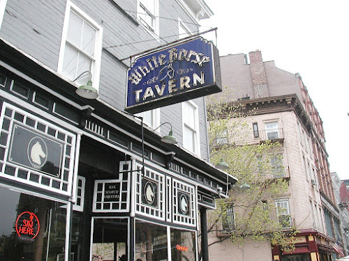 Photo White Horse Tavern