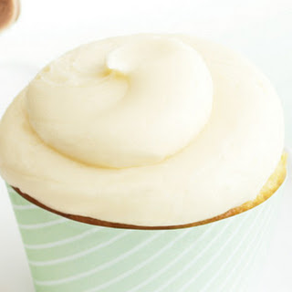 Ultimate Vanilla Cupcakes