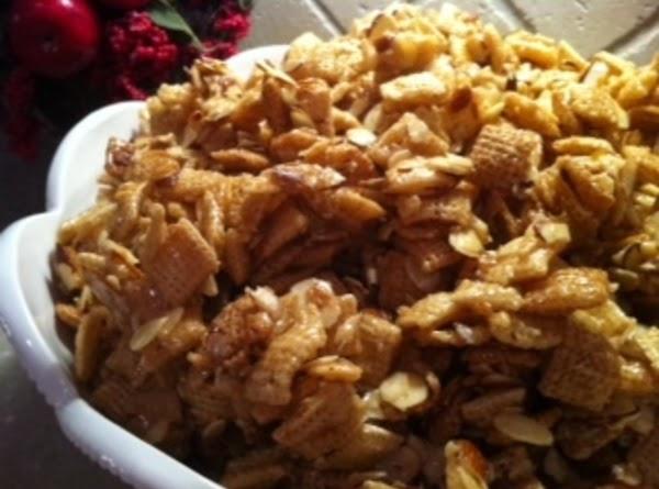Kim's Maple Cinnamon Almond Chex Mix Recipe