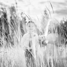 Wedding photographer Nina Ivanova (ivanova12). Photo of 24.02.2015