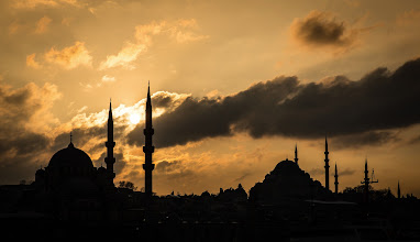 Photo: Sunset over Istanbul, as see from a boat on the Bosphorus.  #turkey  #istanbul  #sunset  #sunsetphotography  #sunsetphotos  #mosque  #religion  #clouds  #beautiful  #beautifulpictures  #beautifulphotographs  #photography  #travel  #travelphotography  #travelphotographers