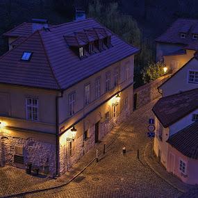 Ráno nad Novým Světem by Miloš Stanko - Buildings & Architecture Public & Historical ( ráno, nový svět, světla, praha )