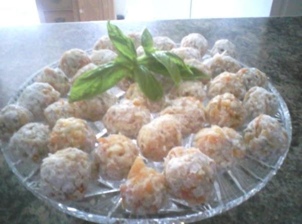 Unbaked Apricot Balls Recipe