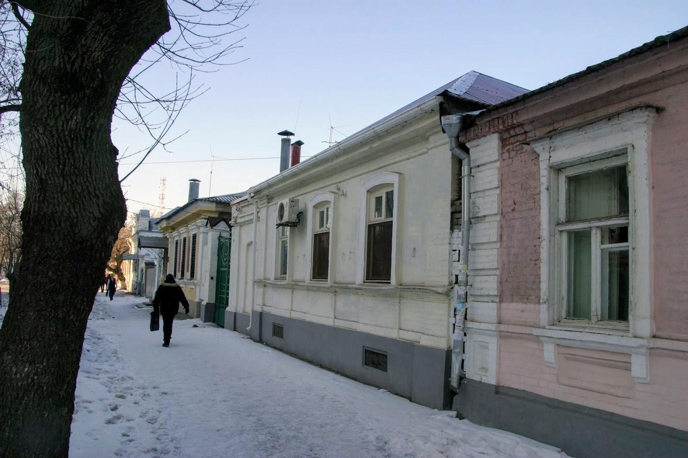 https://sites.google.com/site/istoriceskijtaganrog/cehova-ulica/dom-42