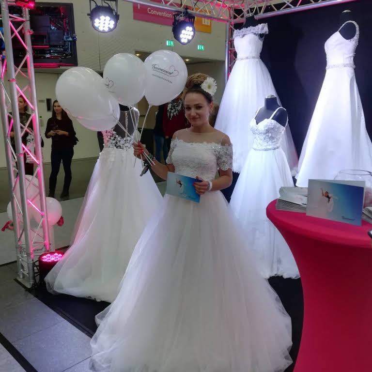 Traumoment Brautmode Accessoires Brautmodengeschaft In Winterbach