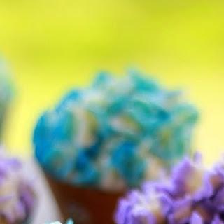 Vanilla Cupcakes With Vanilla (crusting) Buttercream