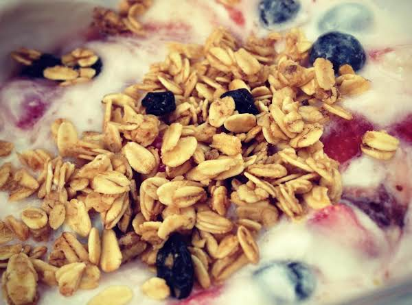 Strawberry Blueberry Yogurt Parfait Recipe