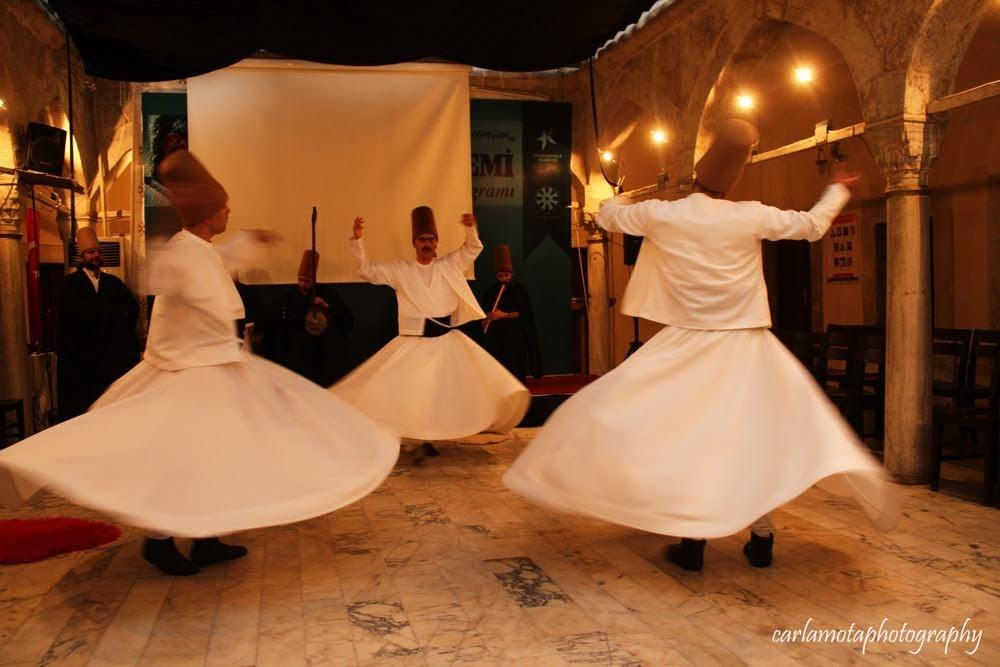 DERVIXES RODOPIANTES, ao som do Corão o espírito gira | Turquia