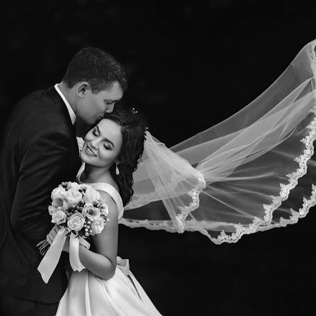 Wedding photographer Rafael Shagmanov (Shagmanov). Photo of 11.11.2017