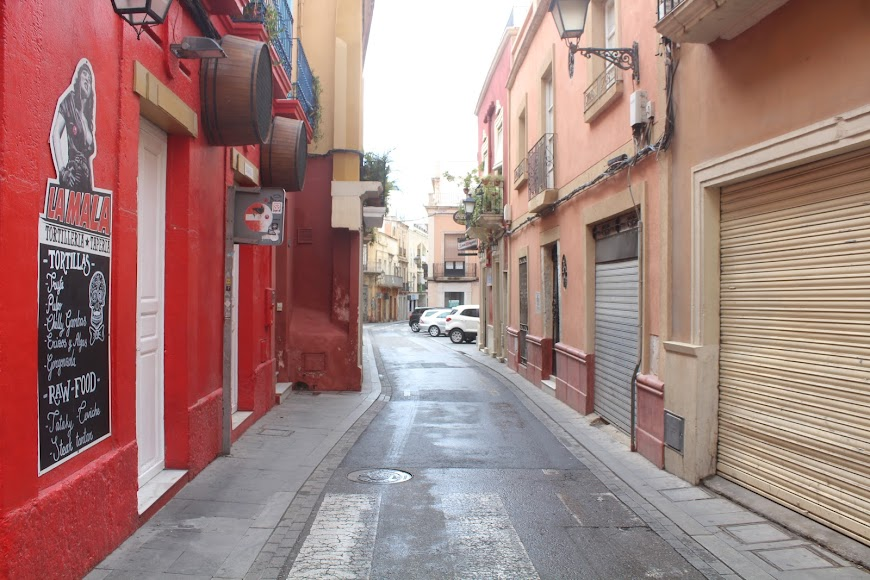 Calle Real.