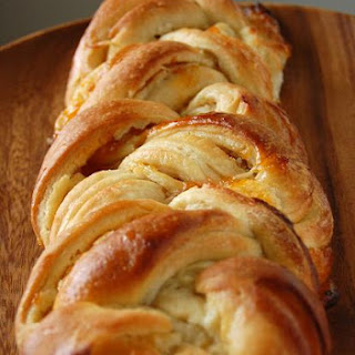 Apricot-Pineapple Cheese Braid