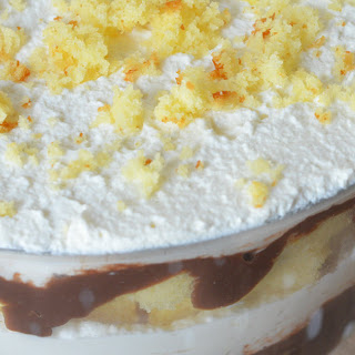 Trifle Cake W. Chocolate Pudding + Yellow Cake.