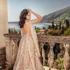 Wedding photographer Elena Lipatnikova (Smolic). Photo of 16.04.2018