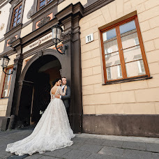 Wedding photographer Pavel Nenartovich (nenik83). Photo of 12.03.2018