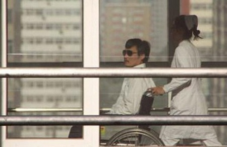 Photo: 6.	Friend says Chinese activist pressured into
