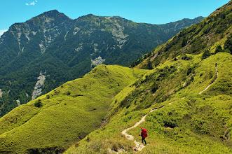 Photo: 從小奇萊望向黑色山峰,就是鼎鼎有名的奇萊北峰