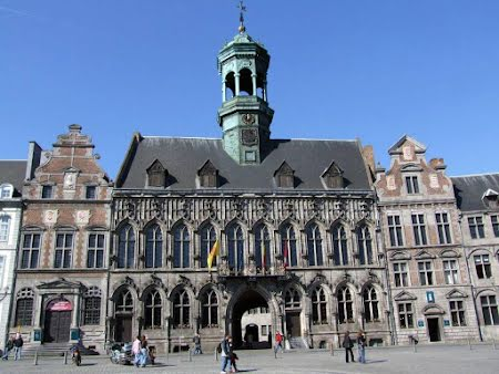 Discover and taste Mons