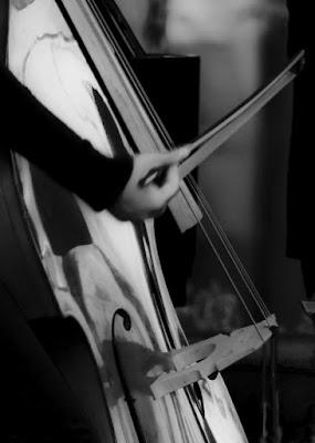 Playing viola.. di feddy