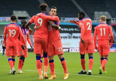 Chelsea domine à Newcastle et prend la tête du championnat !
