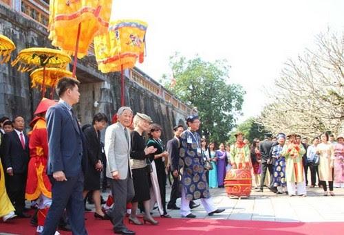 Đại Nội Huế đón Nhà vua và Hoàng hậu Nhật Bản 2
